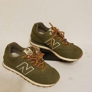 New Balance 574 men's shoes size 9 D
